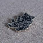 Negora & Koi pin (Black & Gold) by Konatsu