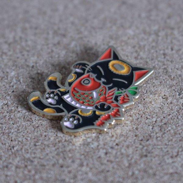 Negora & Koi pin (Black & Red) by Konatsu