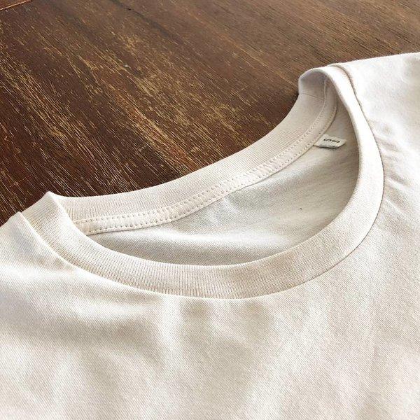 Lemony (Vintage White) T-shirt by Creamlab