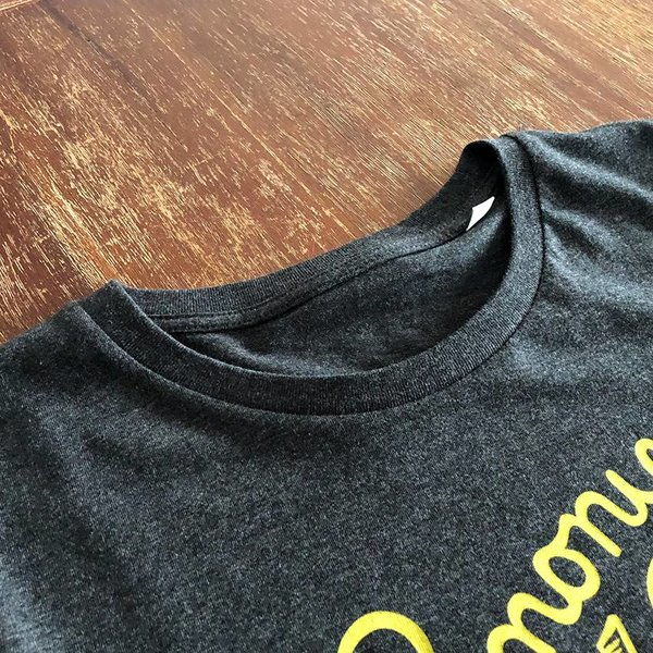 Lemony (Dark Heather Grey) T-shirt by Creamlab