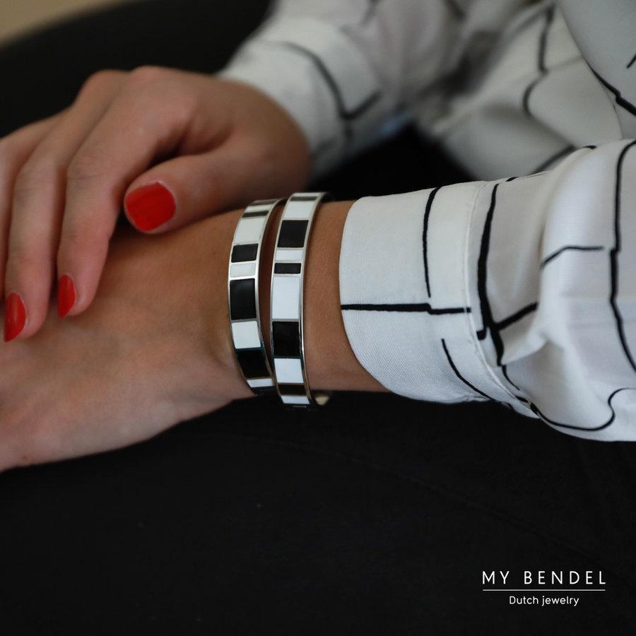 Katina Zilveren bangle in zwart en wit