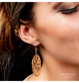 Bless Mooie goudkleurige 40 mm grote oorbellen met een rond barok design