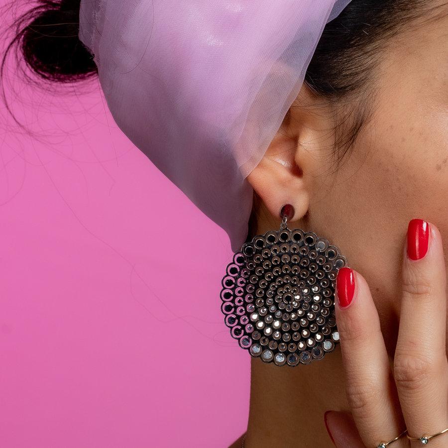 Bless Runde funkelnde Ohrringe in Silber