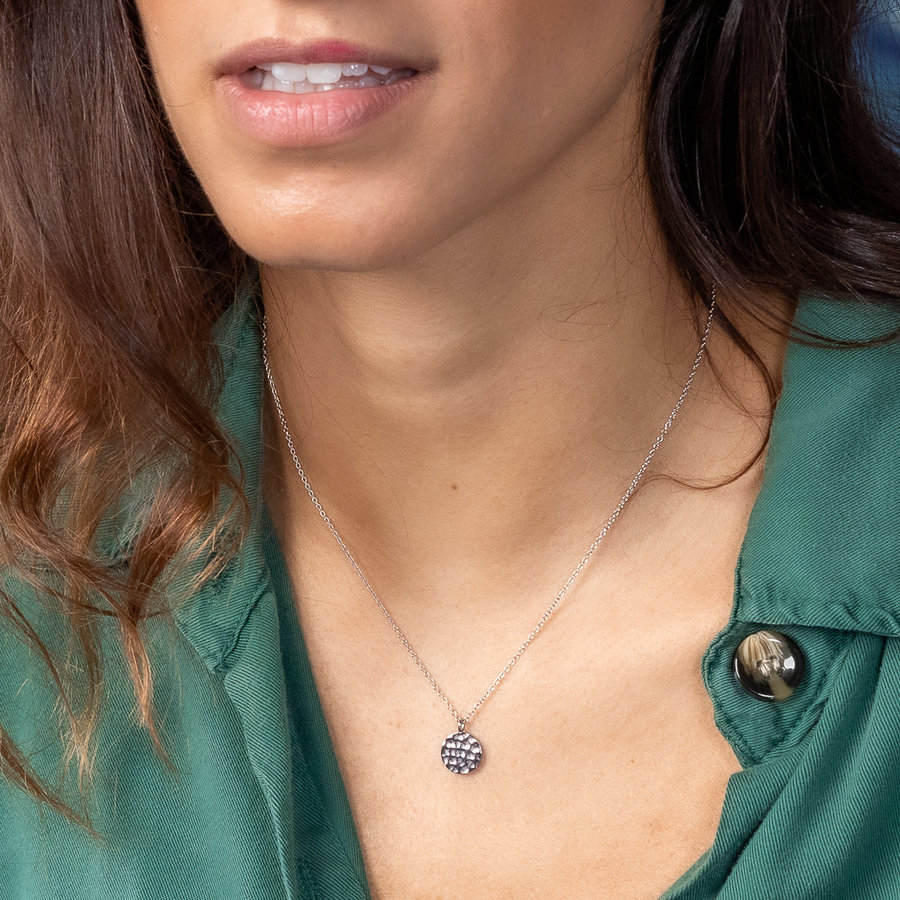 Picolo Adjustable moon chain with lunar landscape structure. Does not discolour.