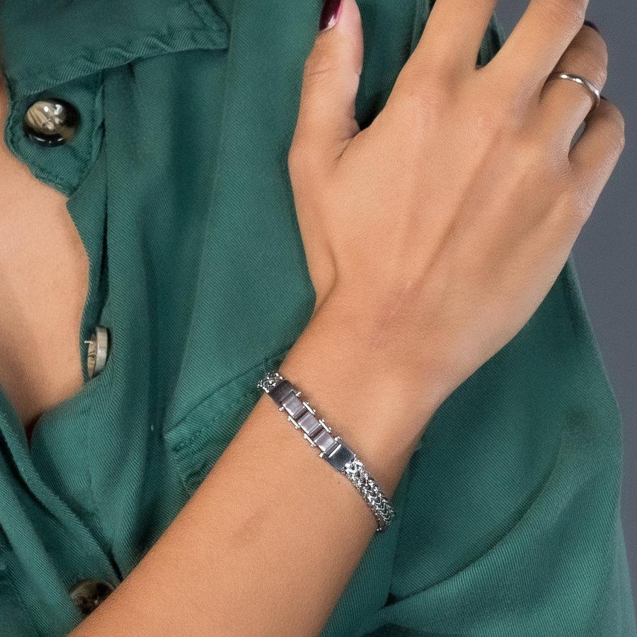 Godina Zilveren schakelarmband met drie grijze keramieken bedels