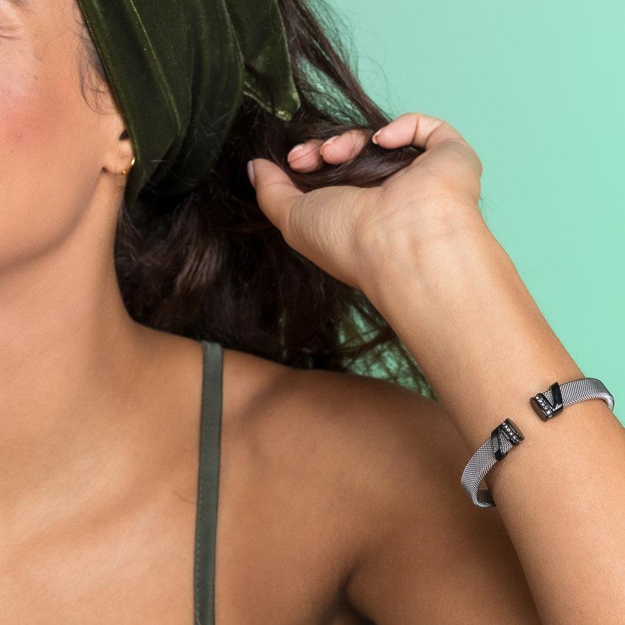 Bless Clip Armband aus gewebtem Silber Edelstahl mit schwarzen Charms