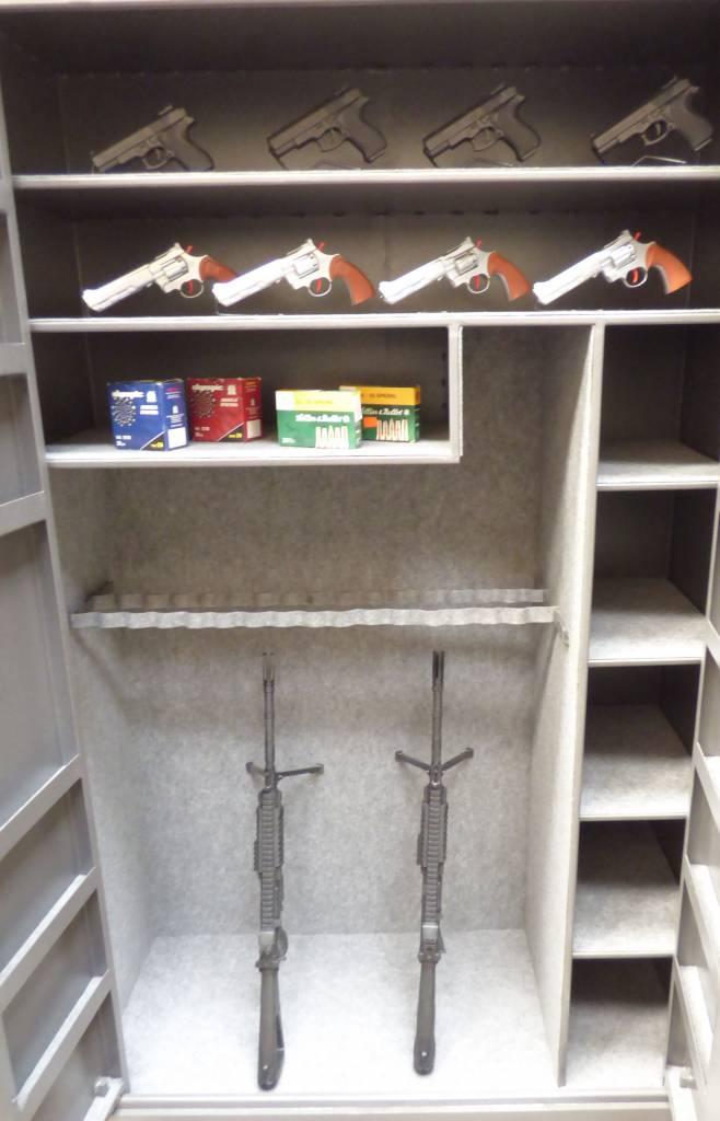 Wapenkluis 1729 met ruime opslag voor geweren en pistolen