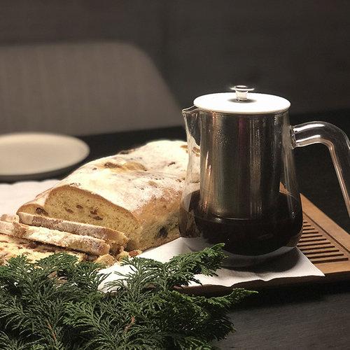 Christstollen und Arca X-Tract Brew Kaffee