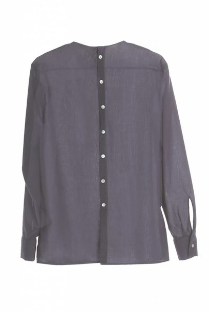 Long sleeve shirt with back detail