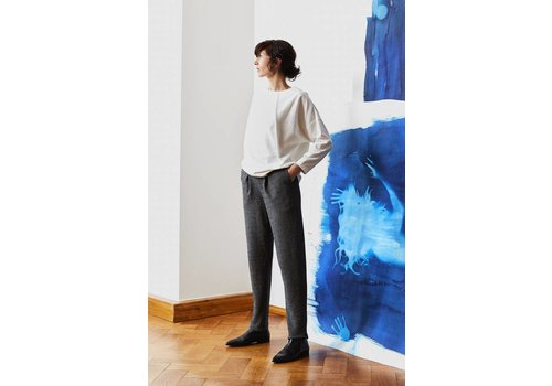 Elegant pants with organic cotton pleat - Black