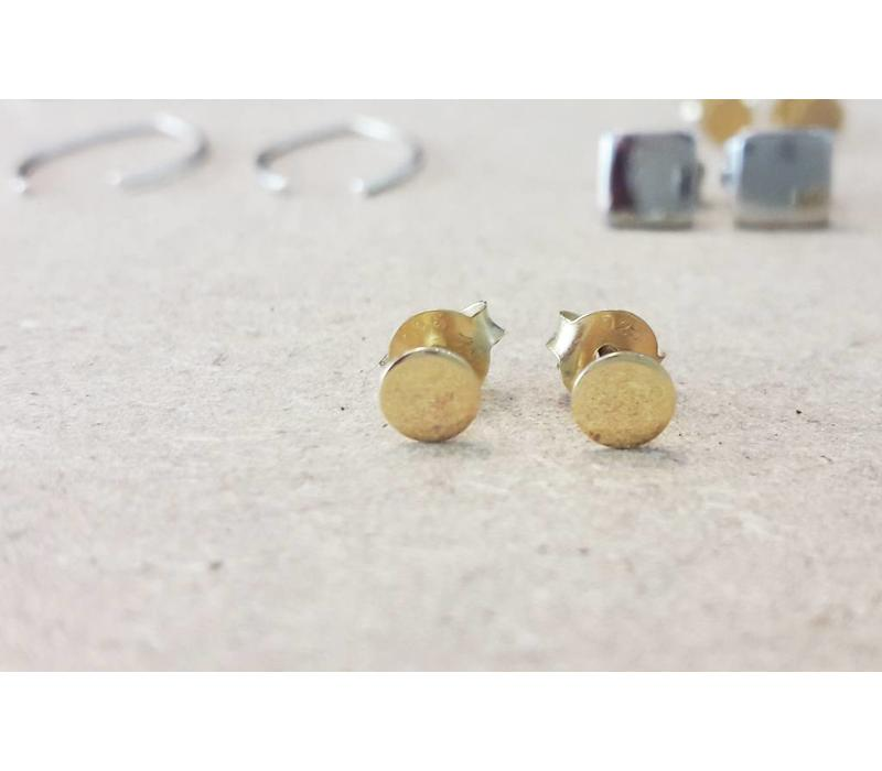 relined Gold - Delicate Studs approximately 925 sterling silver
