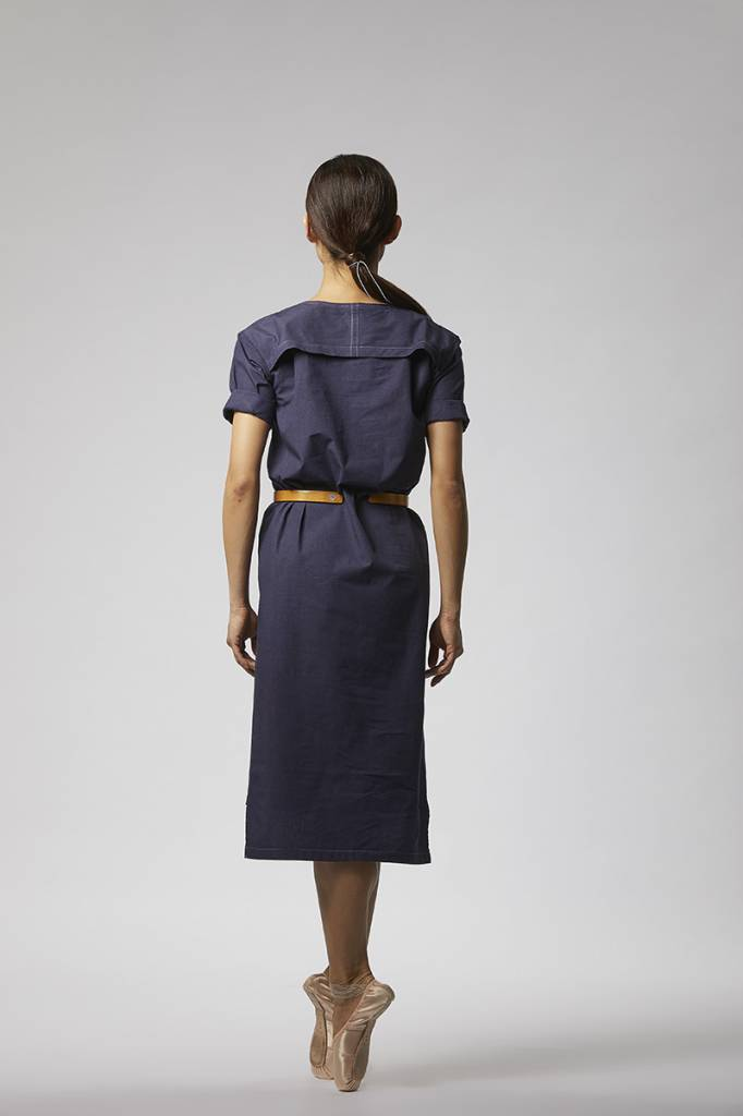 Classic dress with hem detail made from organic cotton - dark blue-2