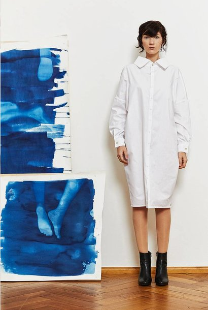 Statement dress in organic cotton - white