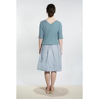 Elegantes Shirt mit Rücken-Ausschnitt - Graublau