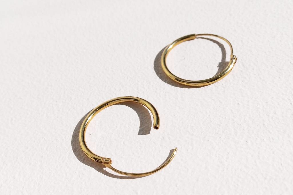 Small Hoop Earrings (8mm) - 925 Sterling Silver - Gold-2