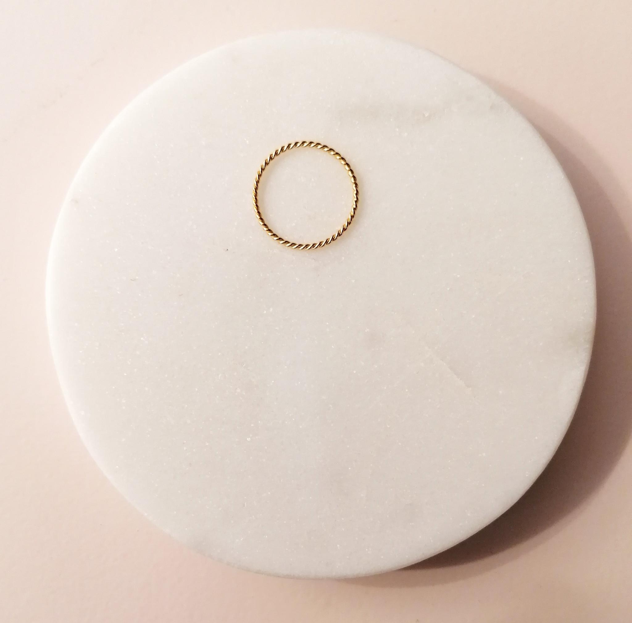 Fein geflochtener Ring aus 925er Sterling Silber - Gold-2