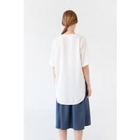 Blouse with rounded hem made of tencel - blue