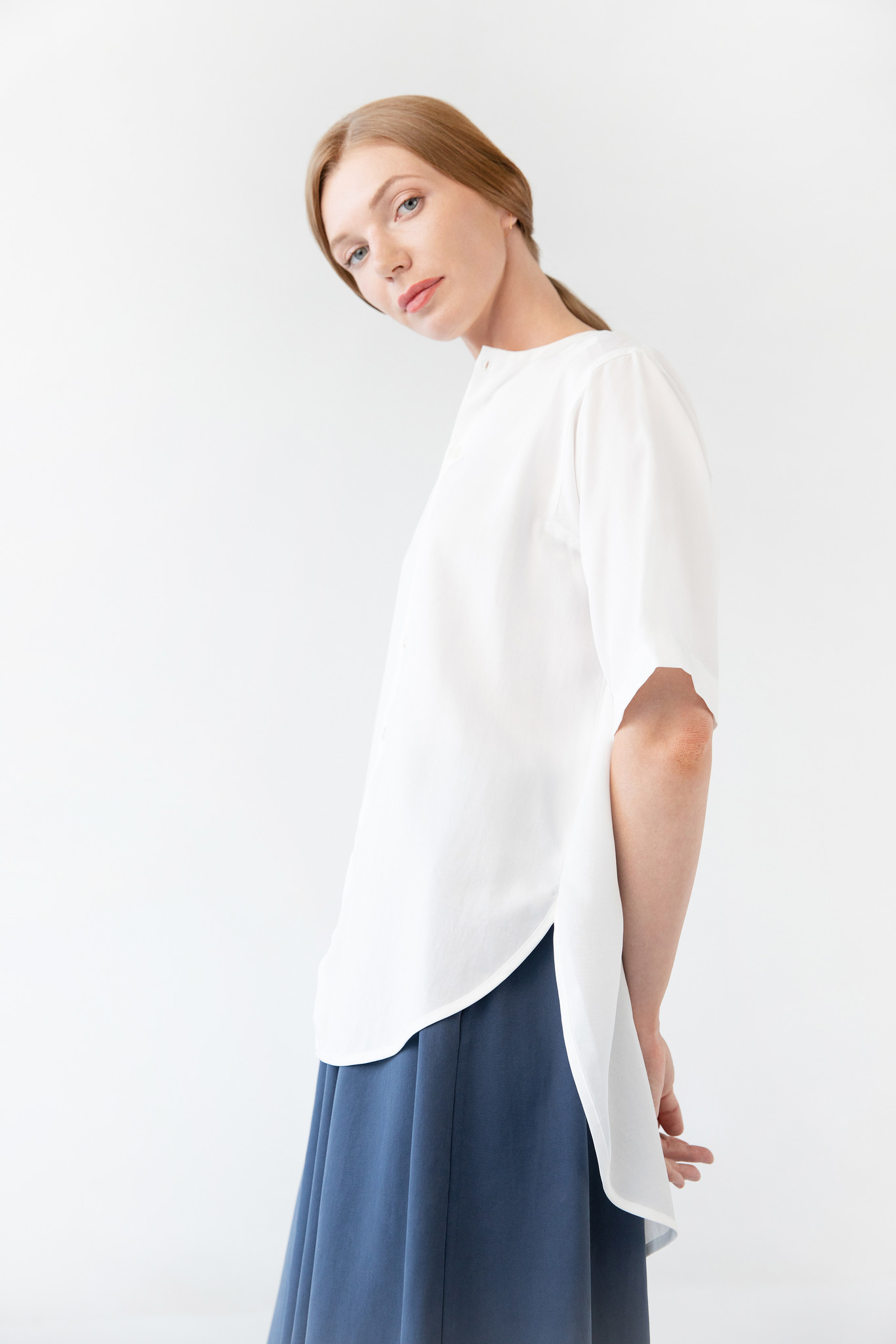 Blouse with rounded hem made of tencel - blue-3