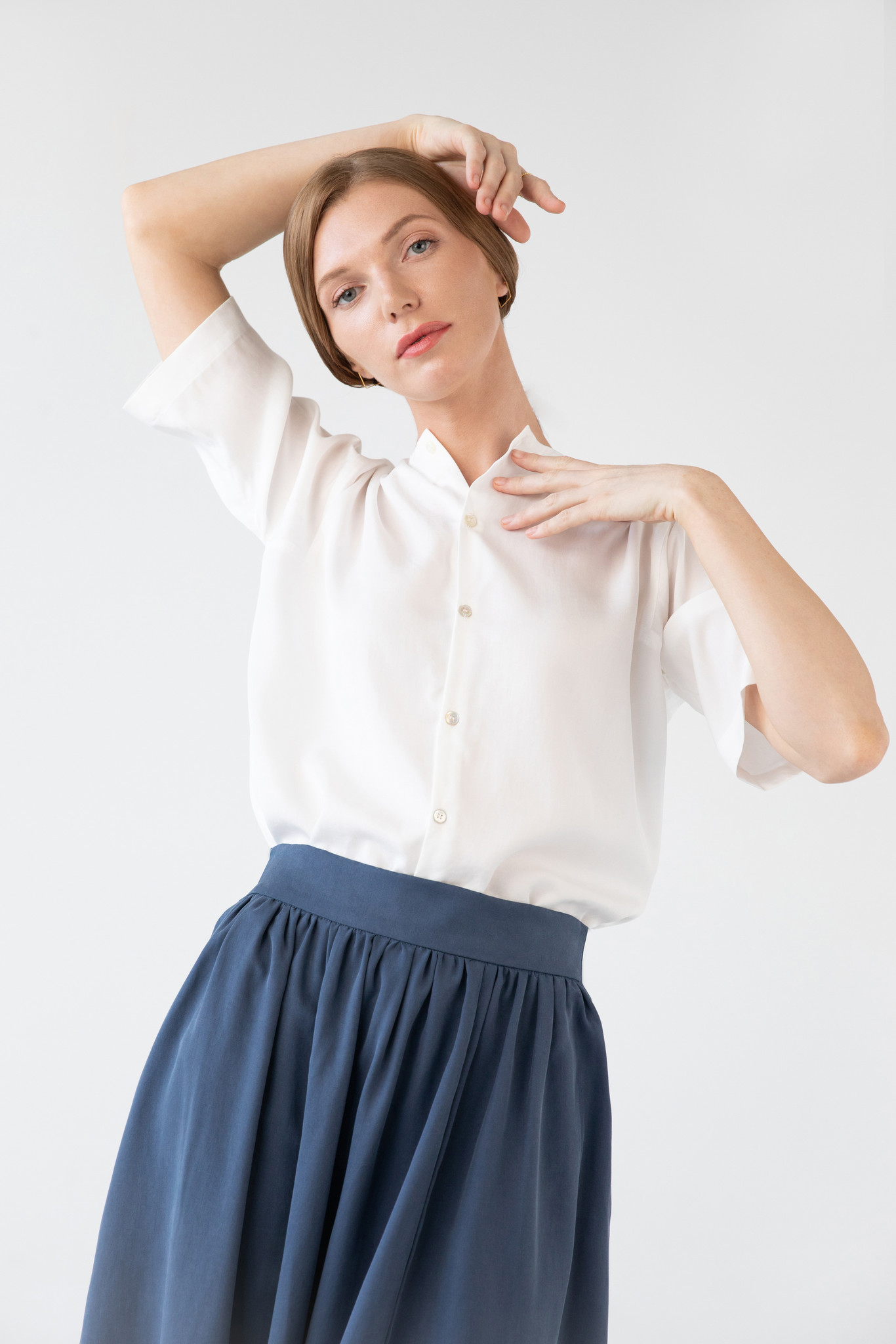 Blouse with rounded hem made of tencel - blue-2