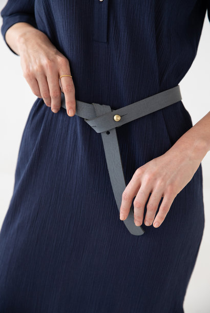 Narrow Luxaa leather belt
