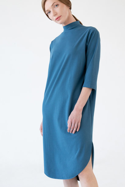 Jersey dress with a round hem - petrol