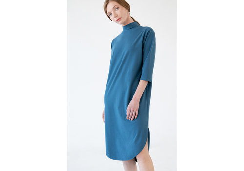 Jersey dress with a round hem - petrol