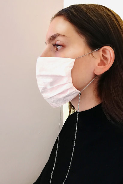 Elegante Maske aus Tyvek® mit Sterling Silber Kette