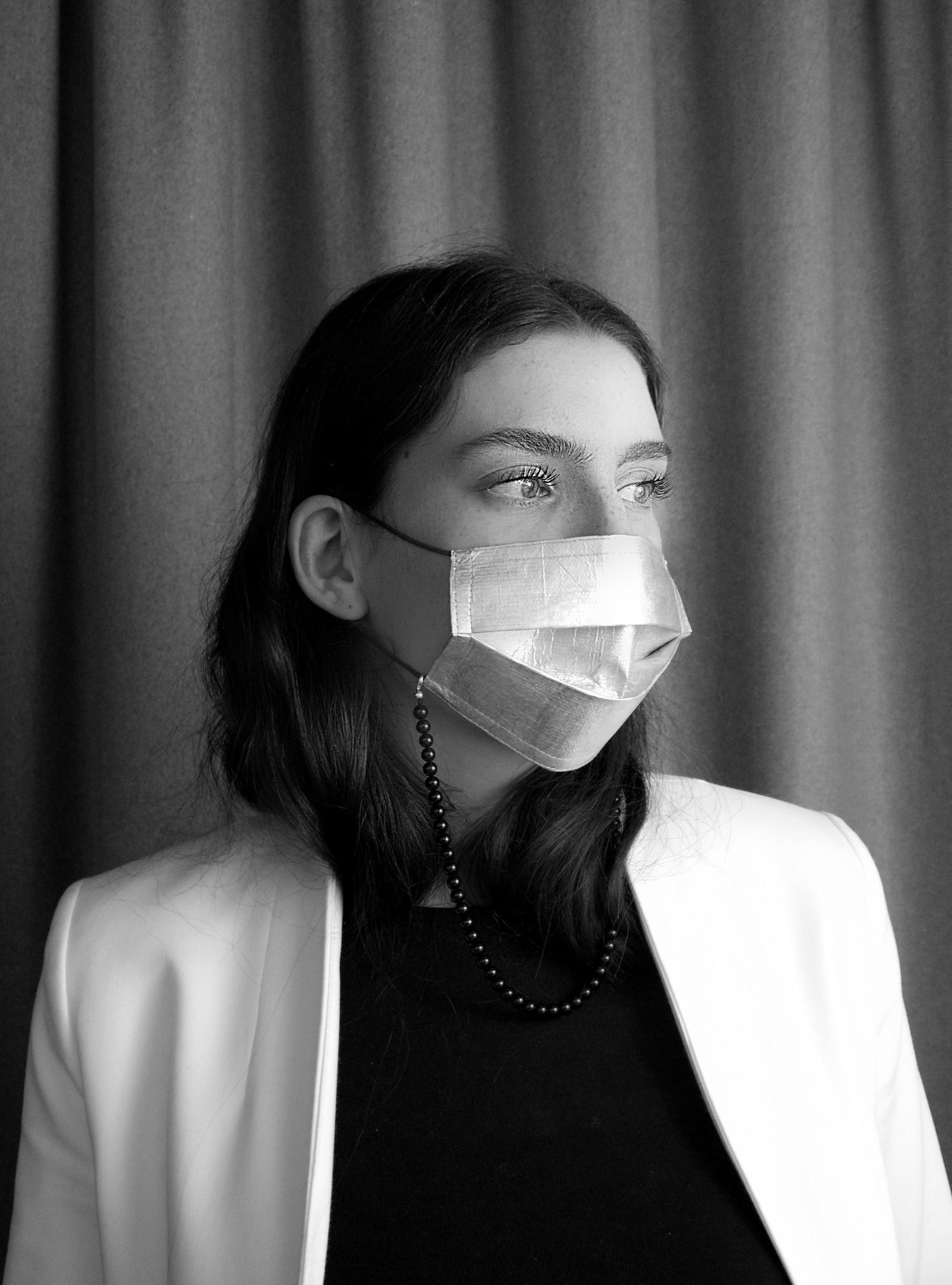 Elegante Maske aus Tyvek® - silber-2