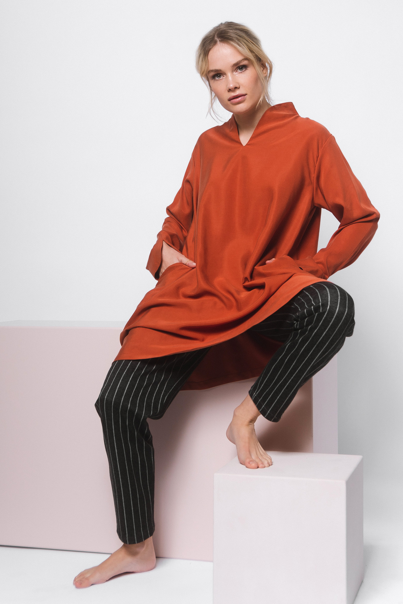 Elegant tunic made of Tencel - rust red-2
