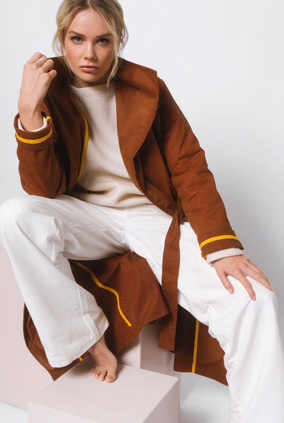 Coat made of waxed organic cotton - rust brown
