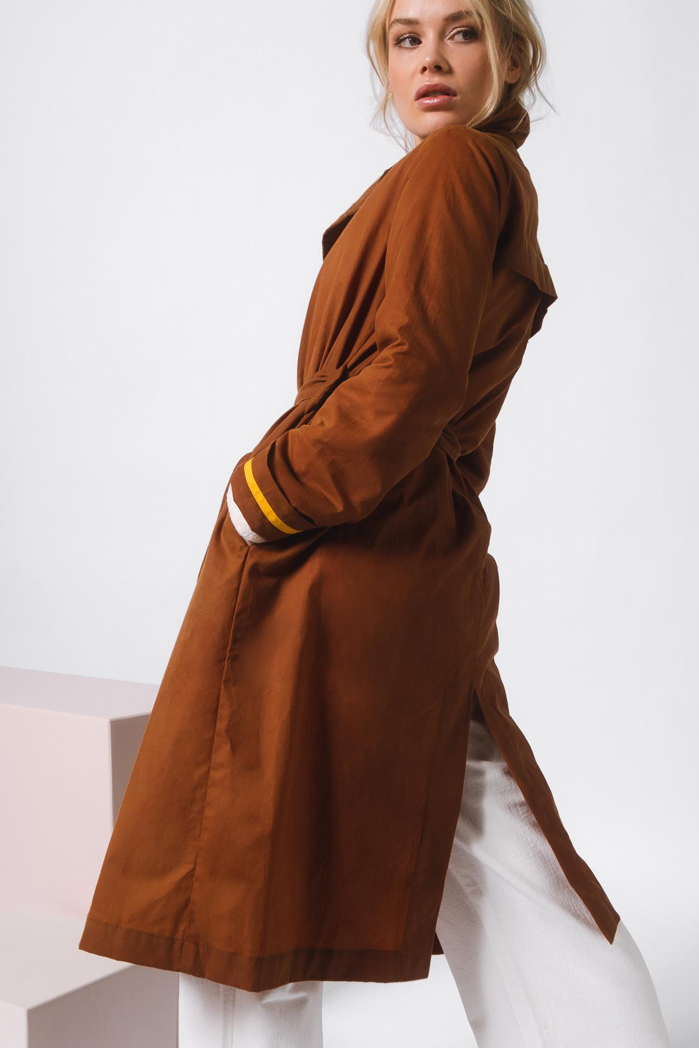 Mantel aus gewachster Bio-Baumwolle- Rostbraun-2
