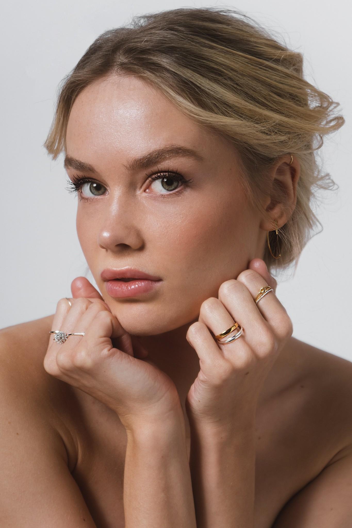 Feiner Ring mit Knoten aus 925er Sterling Silber - Gold-3
