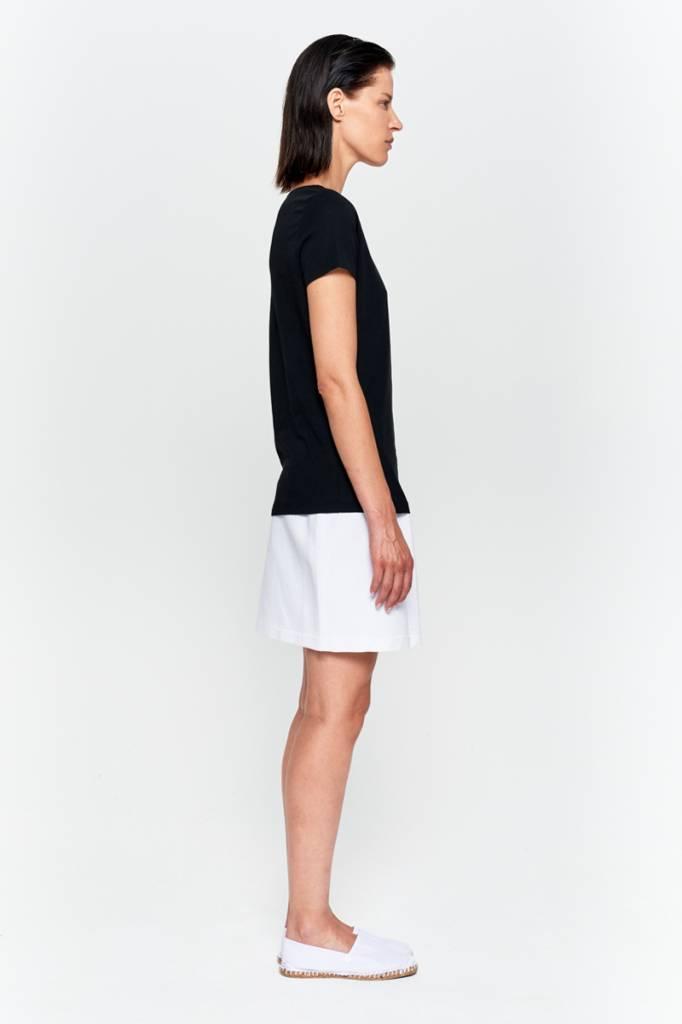 Basic T-shirt V-neck from organic cotton black-5