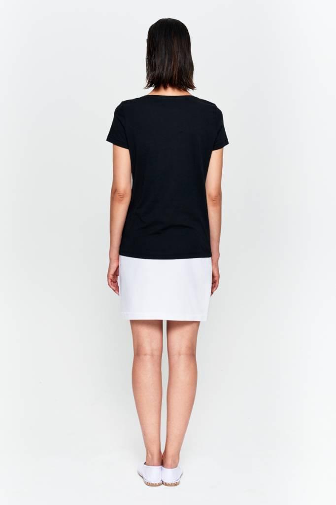 Basic T-shirt V-neck from organic cotton black-3