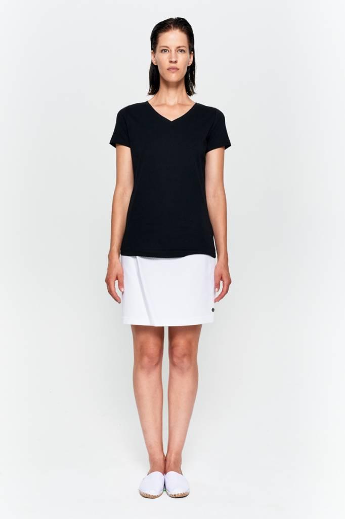 Basic T-shirt V-neck from organic cotton black-2