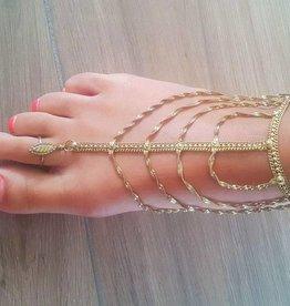 Fußrückenschmuck in gold