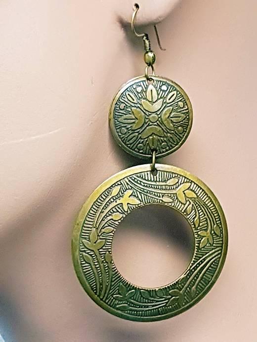 Oriental design earrings in old gold