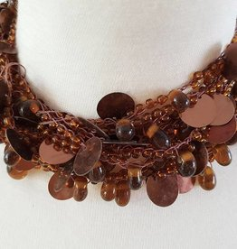 Necklace brown with pearls and sequins