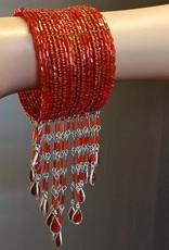 Bracelet with bordeaux beads