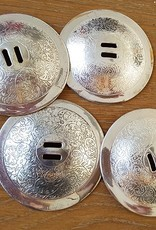 Large cymbals in silver or gold color
