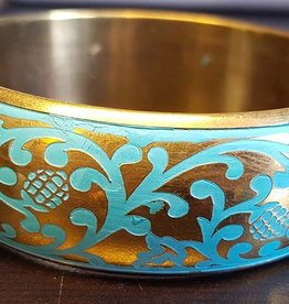 Gold bracelet with turquoise ornamental painting