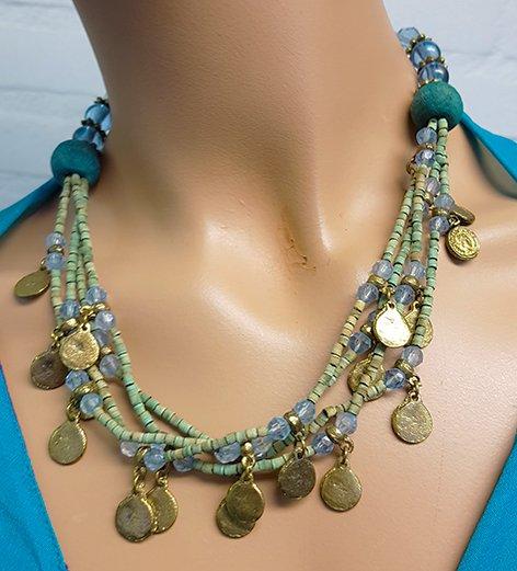 Sakkara Kette mit grün blaue Perlen und altmüntzen