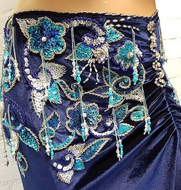 Leila Rock asymmettrisch in Blau