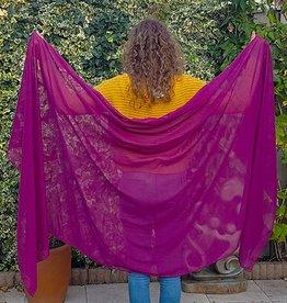 Veil in plum color
