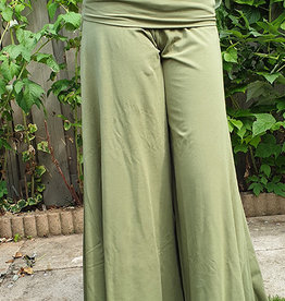 Sakkara Yoga-Hose 3/4 in olivgrün