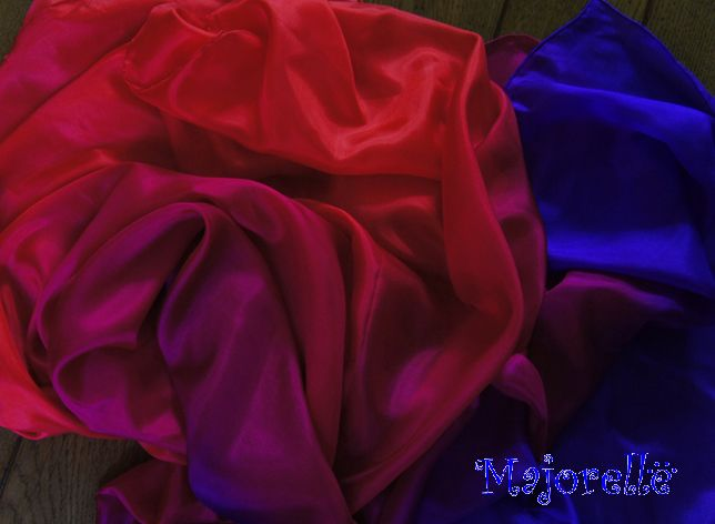 Bauchtanzschleier aus Seide in rot, lila, fuchsia