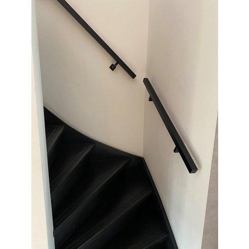 Stalen trapleuningen