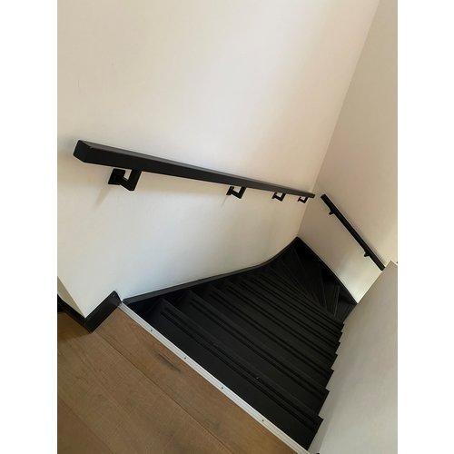 Stalen trapleuningen -  koker 3x3