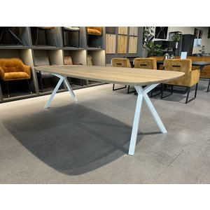 Deens Ovale eiken eettafel XY-frame