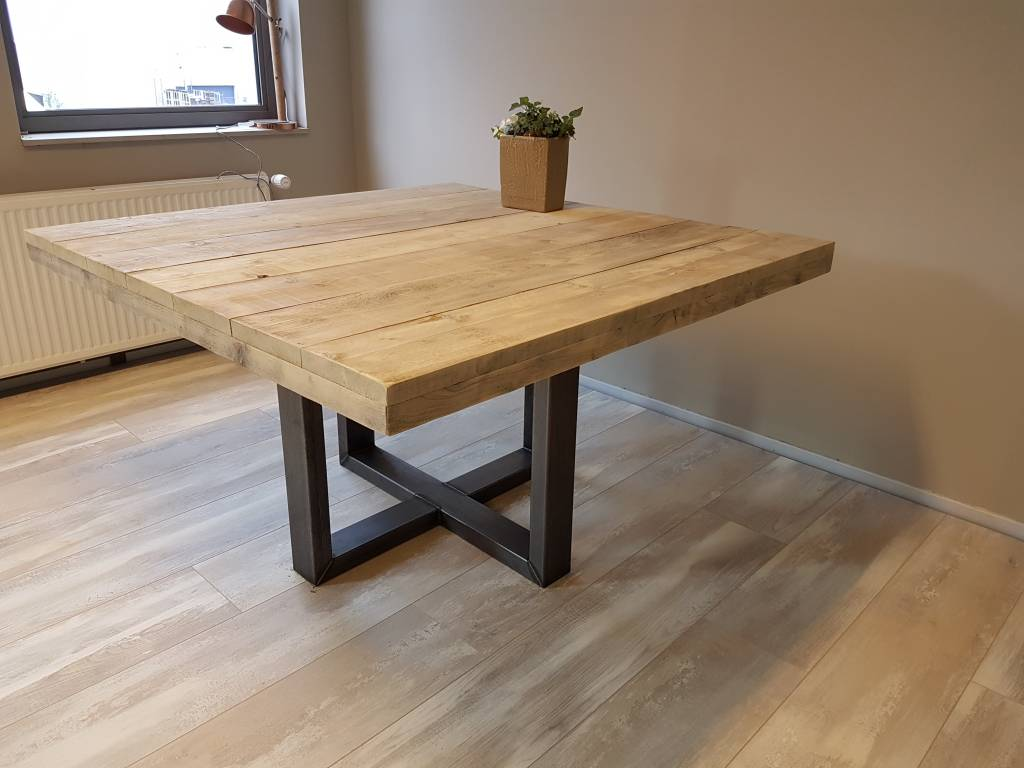 Teak Vierkante Eettafel.Vierkante Eettafel Met Stalen Frame